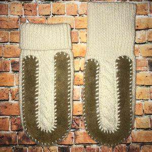 Women's Gap Wool Mohair Suede Mittens M/L